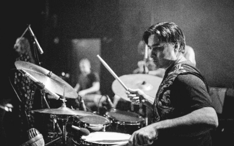 Louis Romanos & drums
